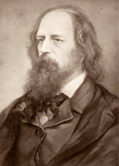 1809-1892 englischer Schriftsteller. CDV-Foto 6,0 x 8,4 cm nach einem Gemälde von P.Krämer herausgegeben von Friedrich Bruckmann Verlag München Berlin.